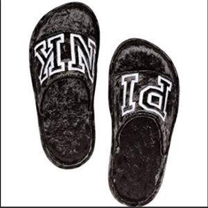 🌟 PINK Black Comfy Slippers